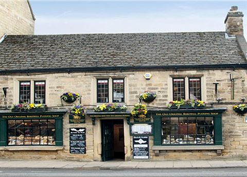 o	 The Old Original Bakewell Pudding Shop, Derbyshire